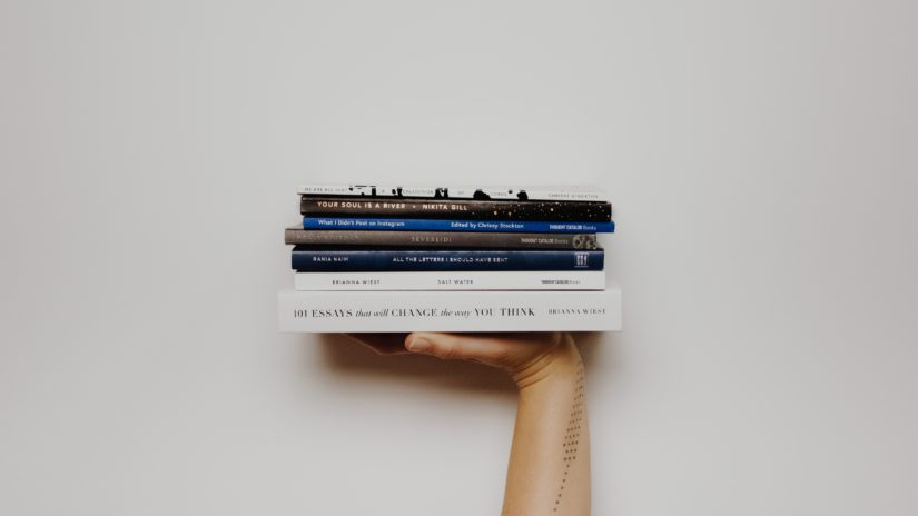 Co czytają HR'y. Czyli subiektywna lista książek dla rekruterów